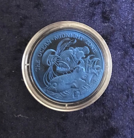 "Titan Farb-Gedenkmünze South Georgia & the South Sandwich Islands 2 Pounds 2016 ""Midnight"""